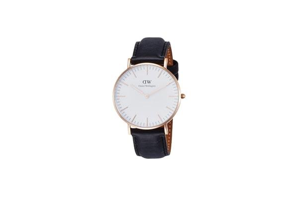 40代女性向け転職面接の服装:腕時計